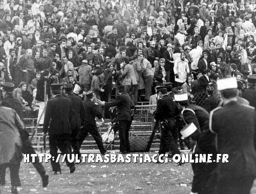 Les ultras et la police - Page 3 Nizza_71